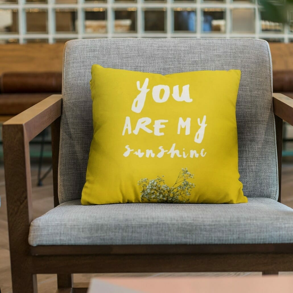 polpo handdrawn ink font on pillow